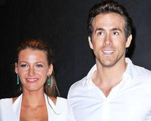 Kemesraan Pengantin Baru Blake Lively & Ryan Reynolds di Paris