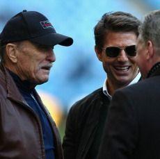 Tom Cruise Bikin Iri David Beckham