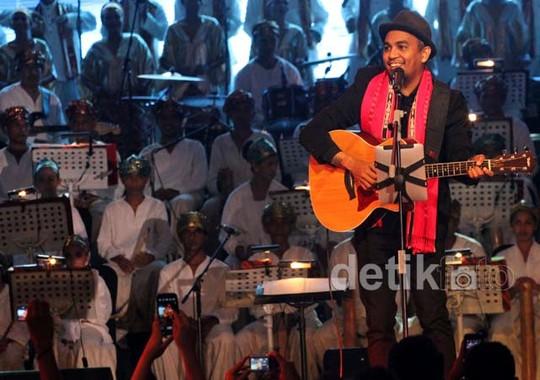 Bertabur Bintang Asal Timur di Konser Suara dari Timur