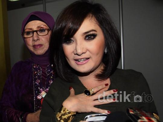 Kiki Amalia Bungkam Soal Perceraiannya