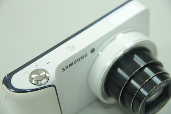 Galaxy Camera: Si Seksi yang Memberi Evolusi
