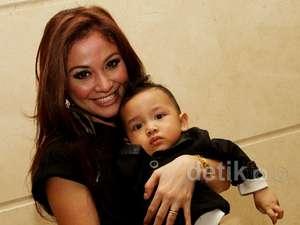 Virnie Ismail & Buah Hati