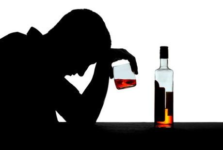 Inilah Yang Terjadi Pada Tubuh Si Peminum Alkohol