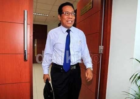 Tak Ada Alasan Tolak Pengadilan Etik Hakim Daming Sunusi