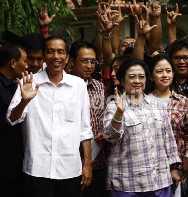 Golkar: Jokowi Sedang Berkibar, Kalau Nyapres Jangan Dilarang