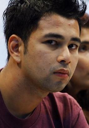 Raffi Ahmad Ditangkap BNN, Tya Ariestya Menangis