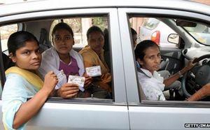 Traveler Perempuan, Wajib Coba Taksi Khusus Wanita di India