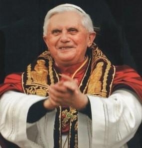 Paus Mundur Setelah Diberitahu Soal Seks Gay & Korupsi di Vatikan