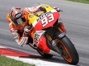 Marquez Bikin Rossi Kagum