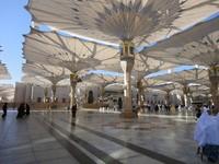 Indahnya payung Masjid Nabawi