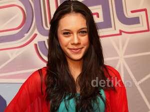 Shae, Penyanyi Cantik Bersuara Merdu
