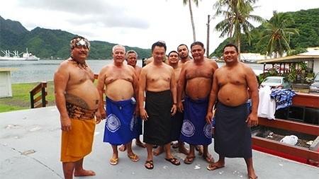 Dubes Dino Diangkat Sebagai Kepala Suku Samoa Amerika