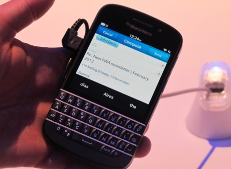 BlackBerry Q10 (ash/detikINET)