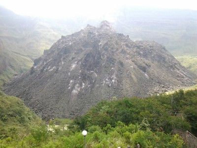 Kisah Pengkhianatan Cinta & Jalan Misterius di Gunung Kelud