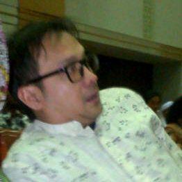 Anggota Komisi III Sepakat Panggil Eyang Subur ke DPR