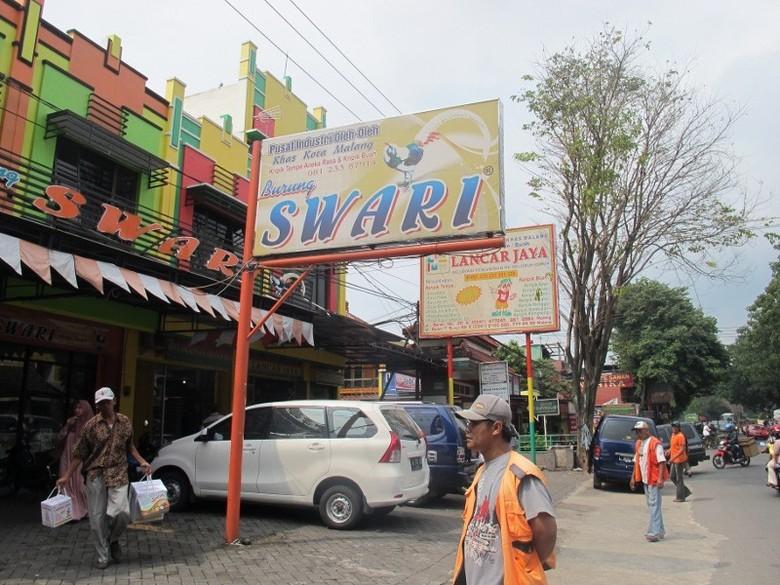 Toko oleh-oleh di Jl Temanggung (Putri/detikTravel)