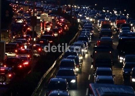 Horor Macet Jakarta, 6 Km Buncit-TB Simatupang Ditempuh Nyaris 3 Jam