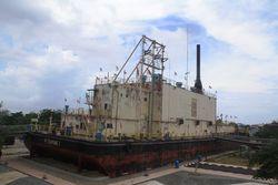 Luar Biasa, Kapal 2.600 Ton yang Dibawa Tsunami ke Tengah Kota