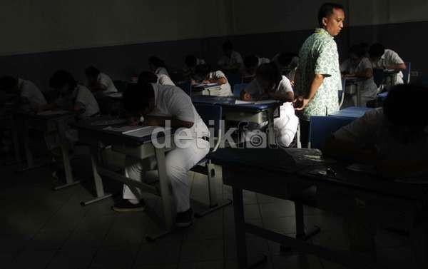 Panitia Sibuk Fotokopi Soal, UN di Samarinda Molor Hingga 1,5 Jam