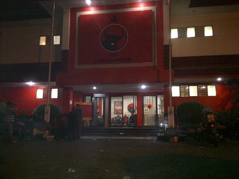 Oknum TNI \Serang\ Kantor DPP, Komandan Yon Zikon 13 Minta Maaf ke PDIP
