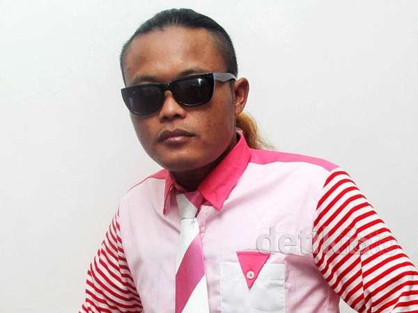 Gaya Pinky Sule