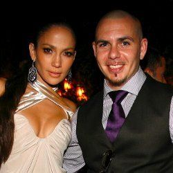 Jennifer Lopez Ketagihan Duet Bareng Pitbull