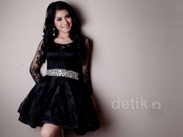 Aih, Cantiknya Lina Marlina