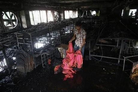 Pabrik Garmen di Bangladesh Terbakar, 8 Orang Tewas