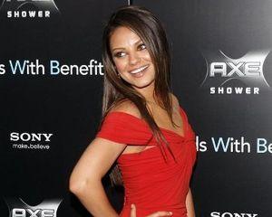 Mila Kunis, Aktris Paling Diidamkan untuk Bintangi Film Dewasa