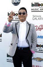 Psy Eksis di Billboard Awards 2013