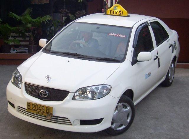 Perusahaan Taksi Ini Jual Mobil Bekas Rp 7 5 Juta