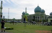 masjid tampak dari samping