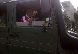 Usai Gowes Sepeda, Kapolri Pulang Nyetir Unimog