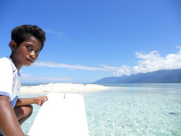Hasil gambar untuk pasir putih wayaua