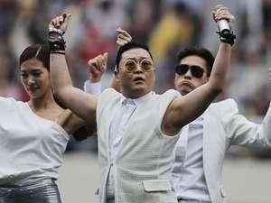 Bergoyang Bareng Psy di Asian Dream Cup 2013
