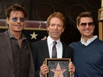 Johnny Depp dan Tom Cruise Kompak Dukung Jerry Bruckheimer