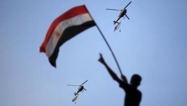 Militer Mesir Ultimatum Morsi agar Membagi Kekuasaan dalam 48 Jam