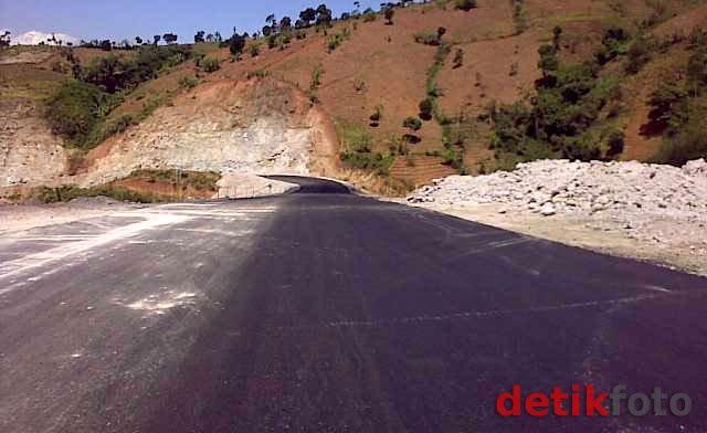 Ada Proyek Jalan Puncak Ii 48 Km Lereng Pegunungan Sentul