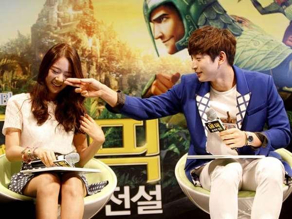 Kedekatan Jinwoon 2AM dan Seungyeon KARA