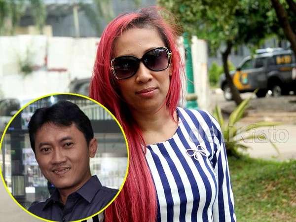 Mengaku Payudara Dipegang, Dewi Sanca Polisikan Arya Wiguna
