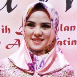 Angel Lelga Terjun ke Politik Setelah Merasa Tidak Berguna