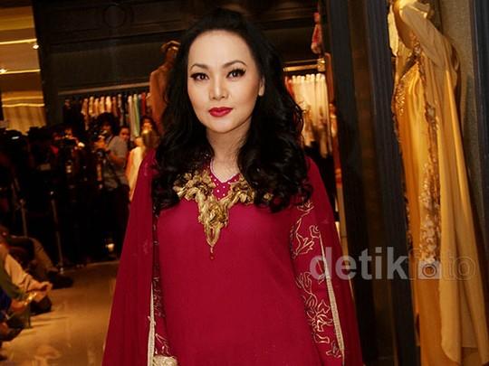 Royal Kaftan Dewi Gita