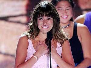 Senyuman Manis Lea Michele