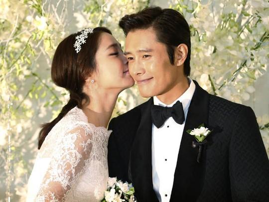 Lee Byung Hun dan Lee Min Jung Resmi Menikah