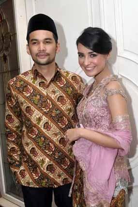 Tengku Wisnu dan Shireen Sungkar Jalani Prosesi Jelang Pernikahan