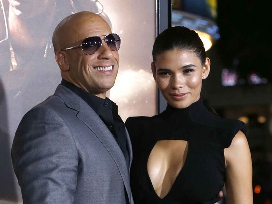 Kemesraan Vin Diesel & Kekasih di Premiere Riddick