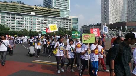 Ratusan Orang Sosialisasikan Bahaya Miras di Car Free Day