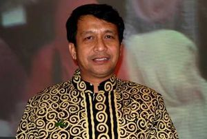 dr Bambang Eko Sunaryanto dan Pengalaman Tangani Politikus Sakit Jiwa