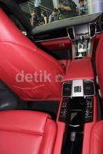 Mewahnya Porsche Panamera S