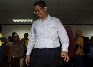 Tidur Saat Sidang, Hakim Kasus IM2 Dilaporkan ke KY